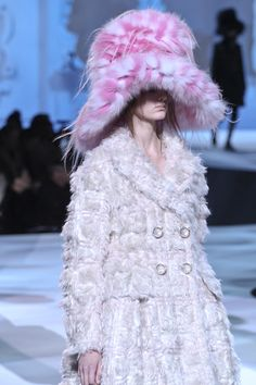 Marc Jacobs Oversized Fur Hat In Pink