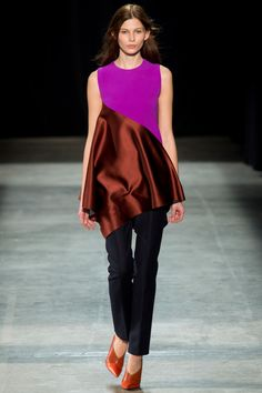 Narciso Rodriguez Fall 2013 RTW - Review - Fashion Week - Runway, Fashion Shows and Collections - Vogue