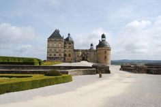 Chateau Hautefort, Dordogne.