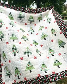 It's Christmas in July! I love making a Christmas quilt in the summer – I never have time when it gets closer to Christmas!! You are going to love this Rustic Pines Quilt! Choose you…