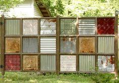 Dekorativt plank med återvunnen plåt