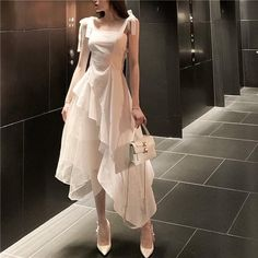 Classy Outfits, Pretty Outfits, Pretty Dresses, Beautiful Dresses, Korean Girl Fashion, Ulzzang Fashion, Asian Fashion, Trend Fashion, Cute Fashion