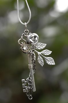 SIlver Winter Rose Key Necklace by KeypersCove on Etsy. $30.00 USD, via Etsy. I am completely in love with these keys! Oh my goodness!