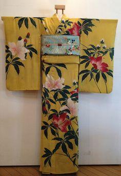 Japanese Textiles, Japanese Patterns, Japanese Kimono, Japanese Outfits, Japanese Fashion, Kimono Design, Kimono Pattern, Vintage Kimono, Kimono Dress