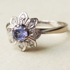 Vintage Sapphire and Diamond Flower Ring, 18k Gold Diamond Sapphire Engagement Ring Approx. Size US 6.5