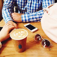 """нарядились с К.Б в голубые наряды и пошли пить кофе """"голубая бутылка"""". by dariadk"""