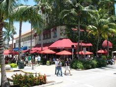 Lincoln Road Mall, Miami Beach - a great place to go for a stroll, window shopping, and/or a bite to eat. (Van Dykes Restaurant in the picture)