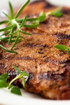 Basil Garlic Grilled Pork Chops