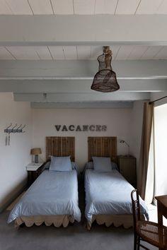 1000 images about les plus beaux g tes de charme de. Black Bedroom Furniture Sets. Home Design Ideas