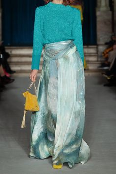 Shop on-sale Gathered printed silk-chiffon maxi skirt. Browse other discount designer Maxi Skirt & more luxury fashion pieces at THE OUTNET Street Chic, Street Style, Maxi Styles, Skirts For Sale, Chiffon Maxi, Matthew Williamson, Tie Dye Skirt, Lace Skirt, High Waisted Skirt