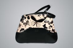 Black and White Dreams  http://bambasbag.com/large-bags-amethyst