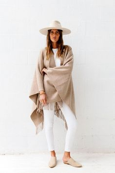Pampashop Pampa poncho - Sand on Garmentory Winter Wear, Autumn Winter Fashion, Oversized Scarf, Winter Essentials, Winter Wardrobe, Winter Outfits, Sweaters For Women, Street Style, My Style