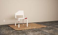 なにこれこわい。辻斬りにあった椅子【Cut Chair】THIS IS INGENIOUS