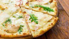 Pizza with chicken Pizza Hut, Pasta Pizza, Chicken Pizza, No Salt Recipes, Pizza Party, Vegetable Pizza, Italian Recipes, Bbq, Spaghetti