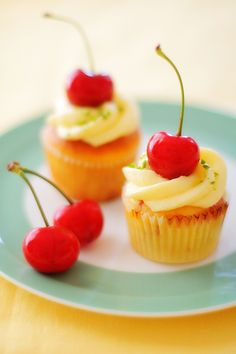 lovely cherry cupcakes