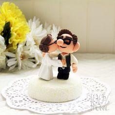 Custom Wedding Cake Topper - Star Wars Kissing Couple (UP) by 100% Original