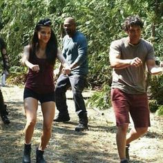 Marie (Octavia) and Bob (Bellamy) The 100 Cast, It Cast, Nathan Miller, Lincoln And Octavia, Marie Avgeropoulos, Rock Bottom, Bellarke, The Cw, Fanfiction