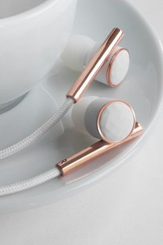 Products we like / Earbuds / ceramic / Gold / Structure / Cooper