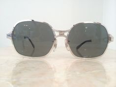 e4ffa3991a72 VINTAGE New Old Stock Silver Metal Hexagon Welling Sunglasses w  NEW  Polarized Lenses