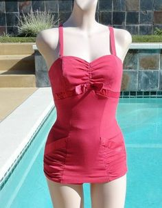 "I do believe I've found my ""new"" swimsuit I want from the 50s!"