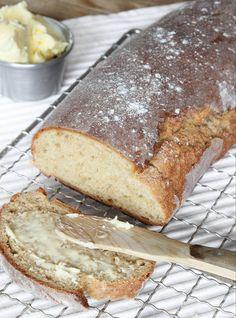 Saftig limpa med ett knaprigt skal som jäser direkt i ugnen! Bread Recipes, Baking Recipes, Cake Recipes, Cooking Bread, Bread Baking, Good Morning Breakfast, Savoury Baking, Bread Bun, Our Daily Bread