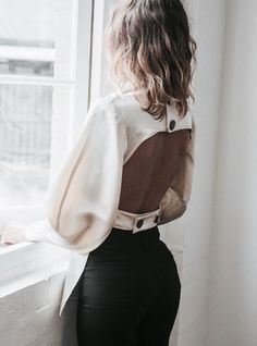 Find images and videos about fashion, beautiful and style on We Heart It - the app to get lost in what you love. Fashion Details, Fashion Tips, Fashion Design, Fashion Trends, 90s Fashion, Fashion Lookbook, Fashion Bloggers, Street Fashion, Boho Fashion