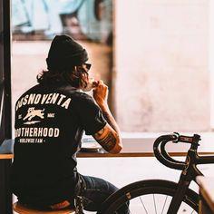 59 Ideas For Urban Bike Style Menswear Urban Bike, Urban Cycling, Bmx, Bici Fixed, Mountain Biking Quotes, Velo Design, Velo Vintage, Bike Quotes, Bike Photography