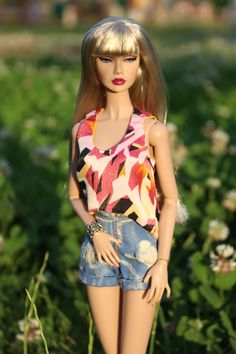 Welcome to fashion store for Tonner and Fashion Royalty dolls! Here you can find only the best design, high quality and large assortment. Dress Outfits, Fashion Dresses, Fashion Royalty Dolls, Handmade Dresses, Cool Designs, Trending Outfits, Barbie, Gowns, Store