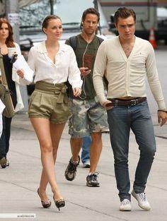 Los mejores looks de la serie de moda Gossip Girl en 2009. Blair Waldorf, Serena Van der Woodsen y demás protagonistas y su estilo en la tercera temporada