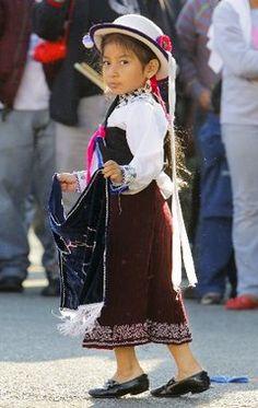Ecuador Traditional Clothing for Women | Traditional Ecuador Clothing