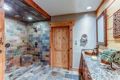amazing-bathroom-with-slate-floors-and-wall-ideas-also-marvellous-granite-vanity-countertop-and-unique-washbowl-and-unique-classic-faucet-design-and-wooden-wall-nuance.jpg (1024×682)