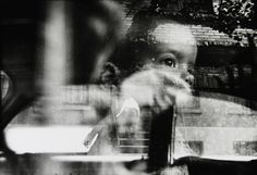 Find the latest shows, biography, and artworks for sale by Saul Leiter. Saul Leiter received no formal training, but has gained renown for his street photogr… Photography Gallery, Fine Art Photography, Street Photography, Portrait Photography, Photography Ideas, Candid Photography, Editorial Photography, Fashion Photography, Saul Leiter