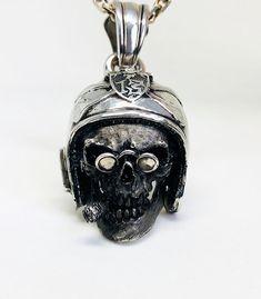 smoky 13, biker skull, silver 925 Biker, Perfume Bottles, Lord, Skull, Jewels, Handmade, Beauty, Pendant, Hands