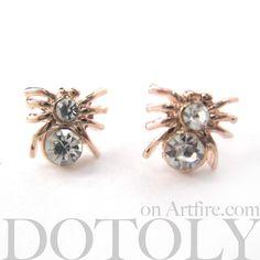 1 Pair Clair/'s Halloween Tarantula Spider Earrings Orange Stones New Studs