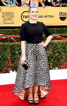 Kelly Osbourne @ the SAG awards Jan 25, 2015. Kelly, it just ain't happening at the Zoo
