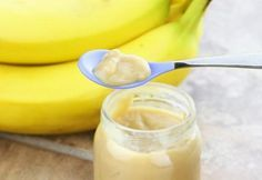 So easy and fresh, this banana baby food recipe is as simple as adding a couple of bananas and a tablespoon of water to your Blendtec or Vitamix blender. Healthy Blender Recipes, Pureed Food Recipes, Banana Recipes, Healthy Tips, Vitamix Blender, Healthy Meals, Baby Food Recipes Stage 1, Banana Baby Food, Banana Mix