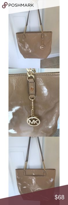Michael Kors Leather Purse MK patent leather nude/Tan purse with gold accents. Brand new never used from my own closet. Gorgeous versatile bag! Michael Kors Bags