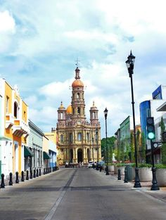 Recorre las calles de #SanAntonio, poblado lleno de colores y calidez en #Aguascalientes, #Mexico.