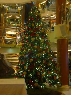 Christmas tree aboard Oceana! :) #cruise #travel