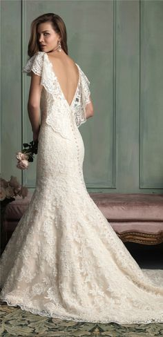 Dreamy v back lace wedding dress lace wedding dresses http://weddings.momsmags.net