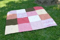 Tapete para piquenique feito na técnica mais simples do patchwork