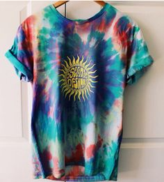 Never really been into tie dye much, but I'm really digging this shirt.