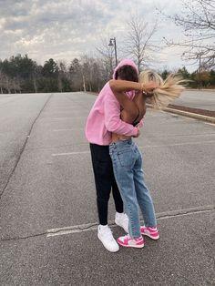 Teen Couples, Cute Couples Photos, Cute Couple Pictures, Cute Couples Goals, Couple Photos, Relationship Goals Pictures, Cute Relationships, Boyfriend Goals, Future Boyfriend