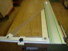 (2) Guide rail speed square... dedicated 90 for crosscutting and shelf dadoes.