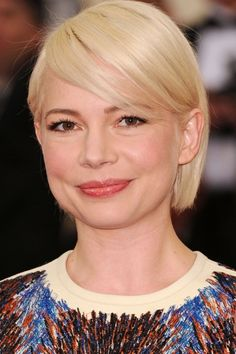 Michelle Williams Goes Platinum For The Met Ball, 2014