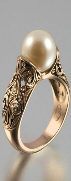 The ENCHANTED PEARL 14K rose gold ring | LBV A14 ♥✤