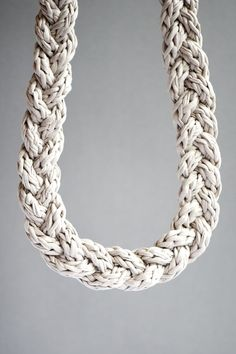 cord with a crochet hook, via lebenslustiger.com