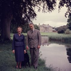 1958    Earl Mountbatten of Burma and Lady Edwina Mountbatten walking in the grounds of Broadlands, their Hampshire home.    Photo by Slim Aarons/Getty Images