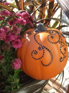 decorating with pumpkins outside | Classy Treats » It's Fall!