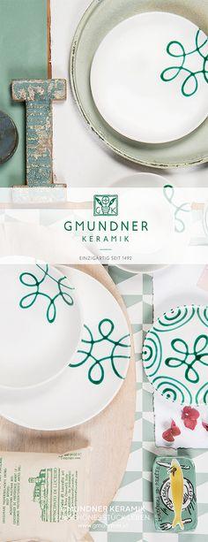 Auf der Suche nach etwas Schlichtem mit Farbe? #gmundner #keramik #purgeflammt #handbemaltes #Geschirr #interior #modern Interior Modern, Plates, Pure Products, Tableware, Green, Hand Painted Dishes, Searching, Handmade, Handarbeit